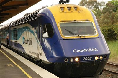 XPT Train at Blayney